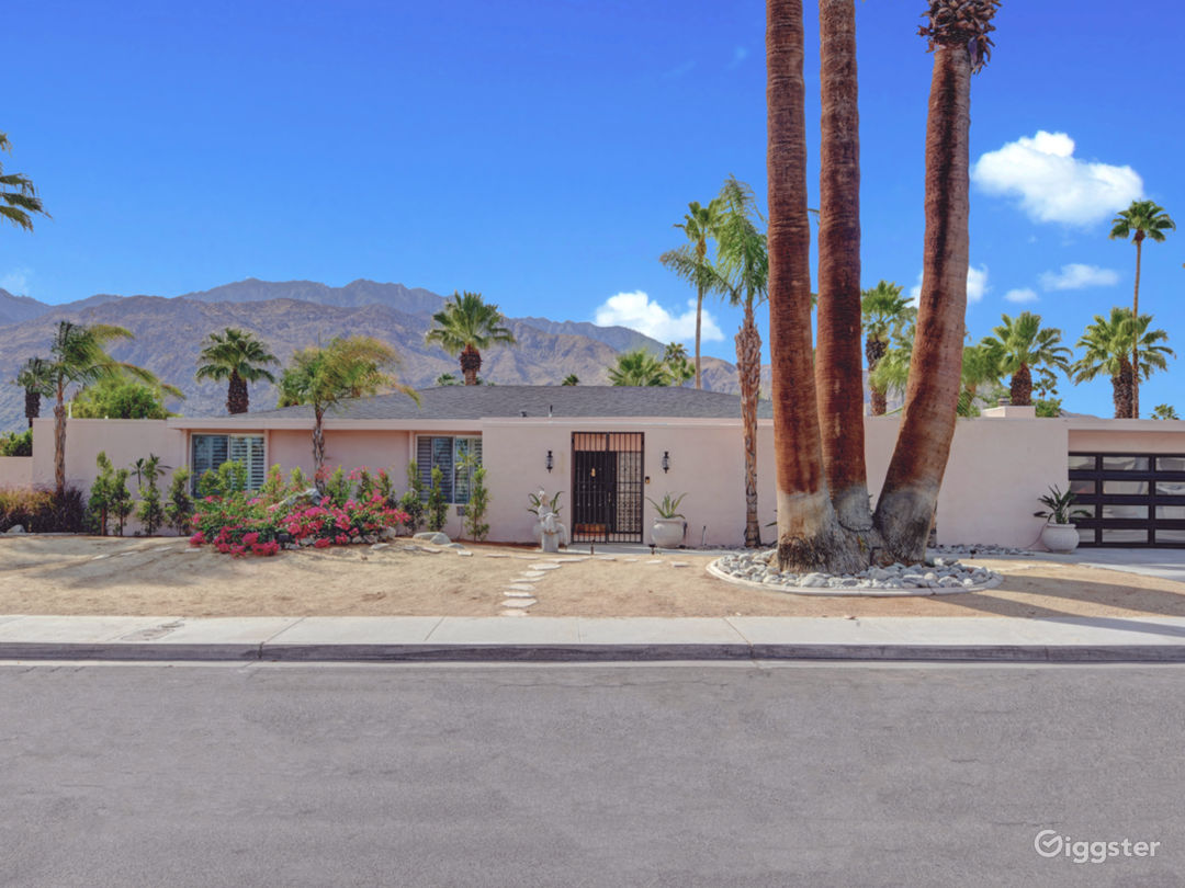 Mod Mirror Villa:  Glam Hollywood Regency estate Photo 2