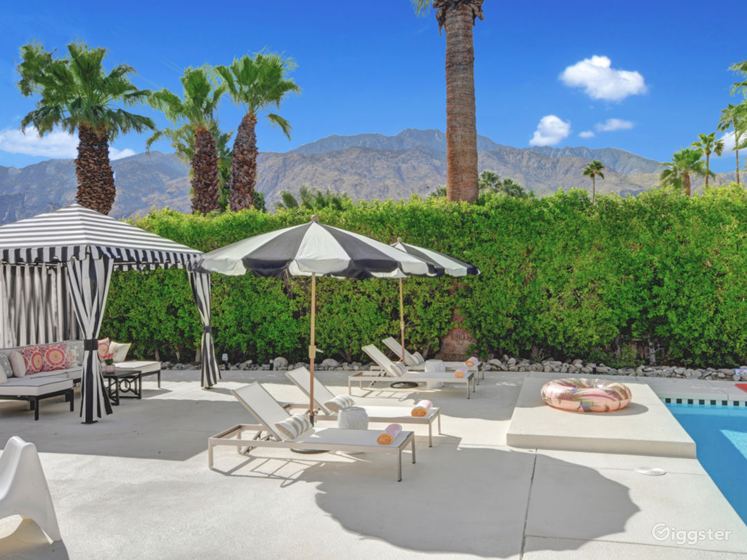 Mod Mirror Villa:  Glam Hollywood Regency estate Photo 4