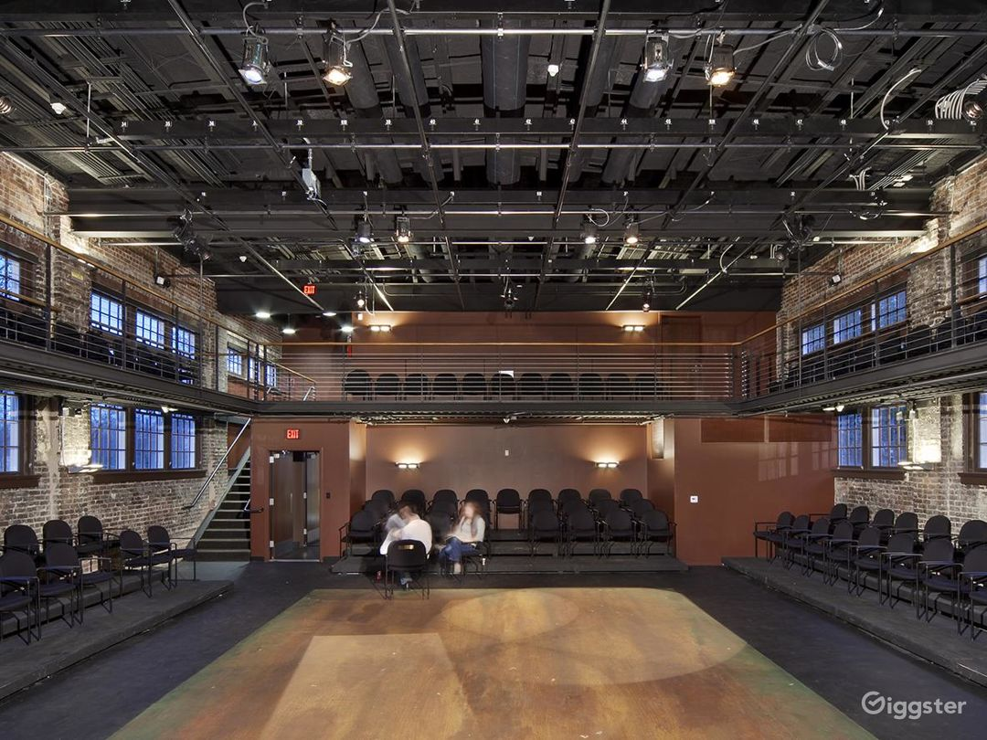 Aesthetic Space for Performances in Raleigh Photo 1