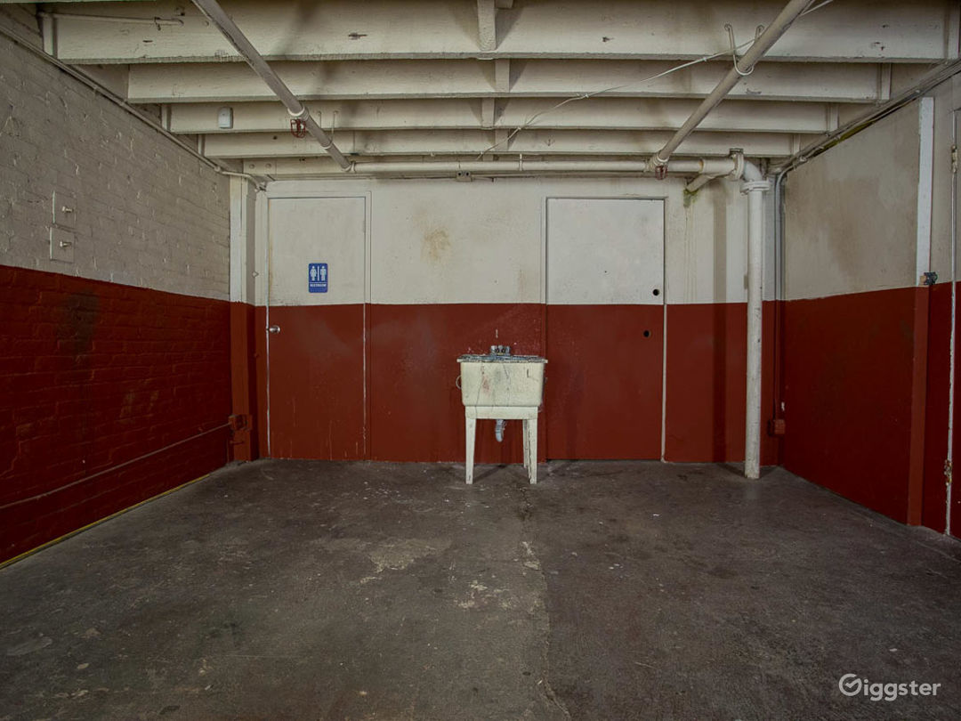 Warehouse Panic Room Photo 4