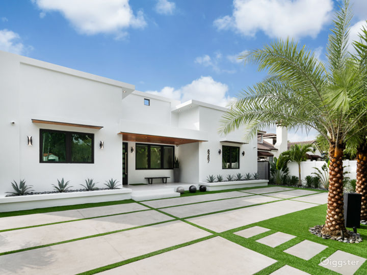 A Modern Miami Paradise Photo 2