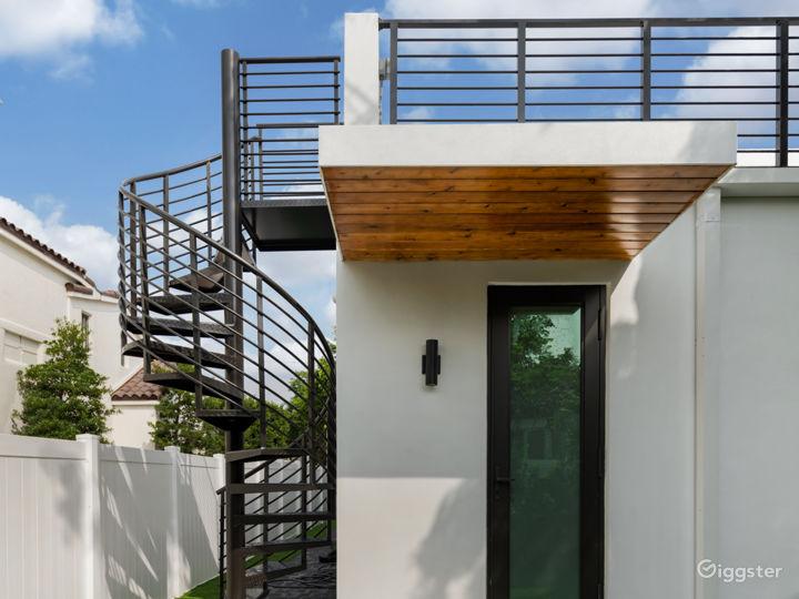 A Modern Miami Paradise Photo 3