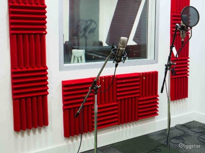 Audio Recording Suite for Music and Production Photo 2