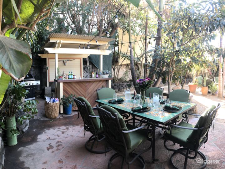 Outdoor Bar & Dining Area