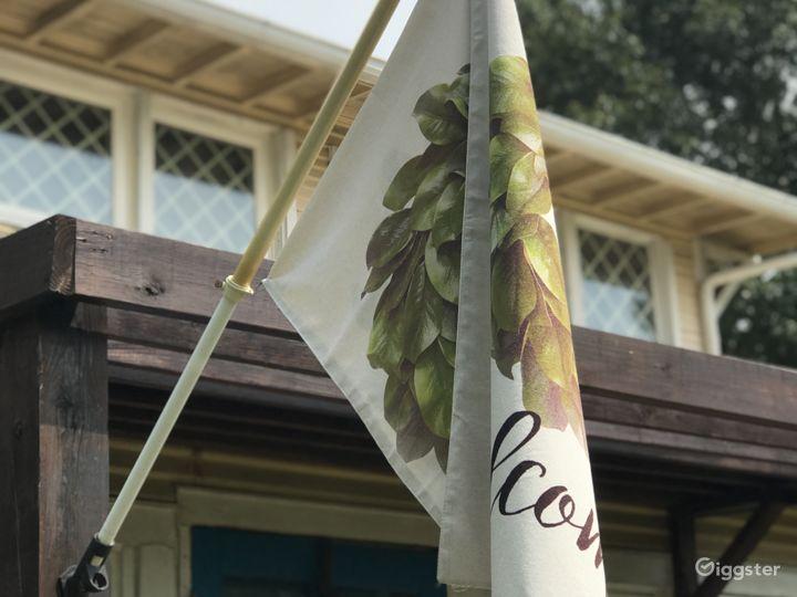 White Oak Wisteria Cottage