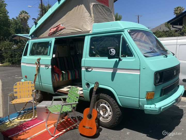 Surfer/Hippie Camper Van 1985 Photo 2