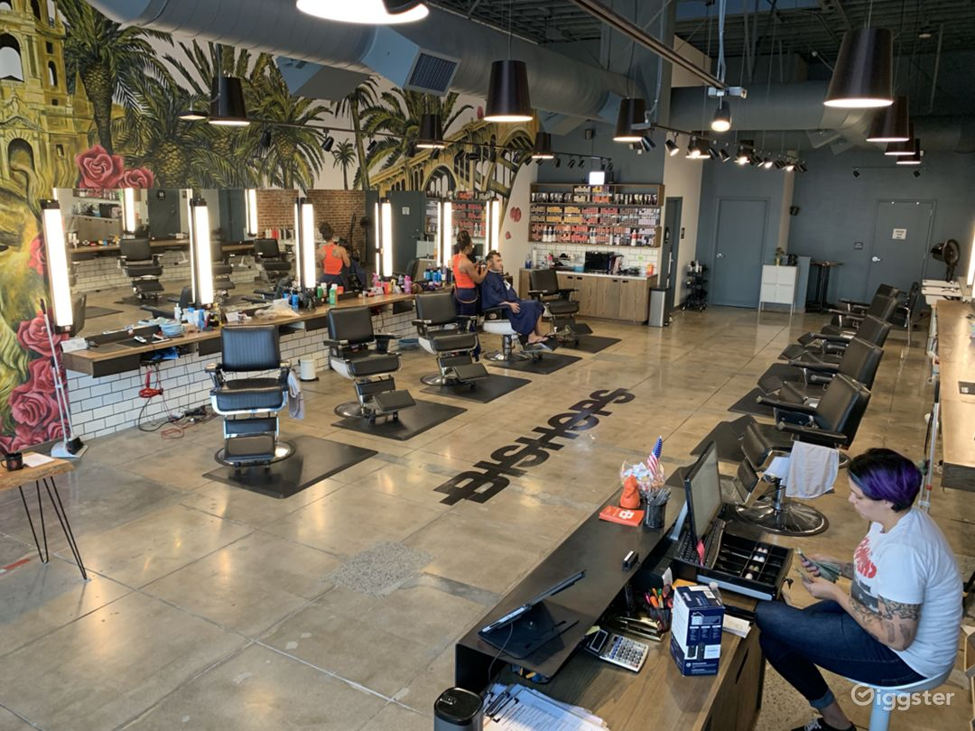 Salon / Barbershop / Office Space Cool, Edgy,  Photo 5