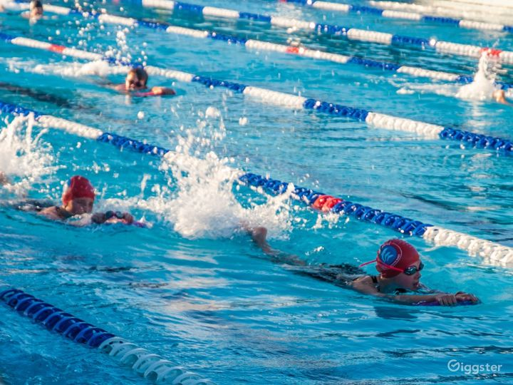 A 25M Indoor Pool for Fitness Activities Photo 2