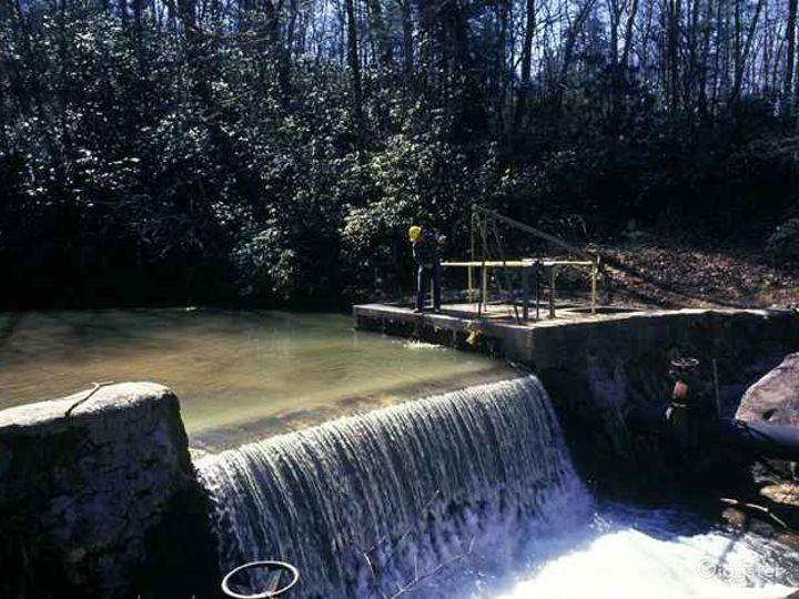 Estatoah Dam Photo 4