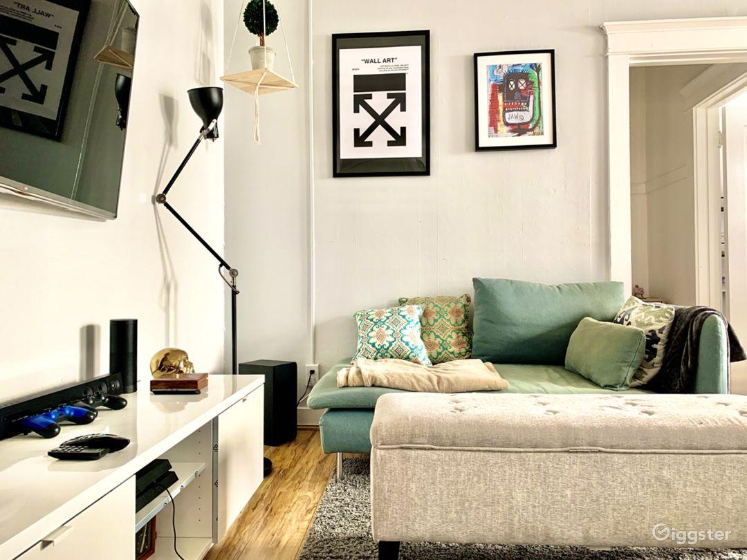 Stylish Long Beach one bedroom apartment. Photo 1