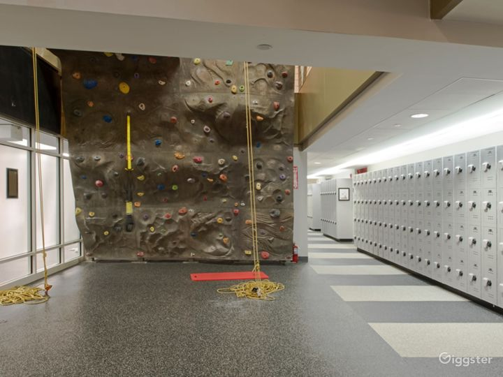 Fantastic Wall Climbing Experience in Financial District Photo 2