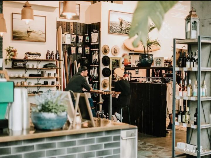 Beautiful Urban Surf Shop and Café Photo 3