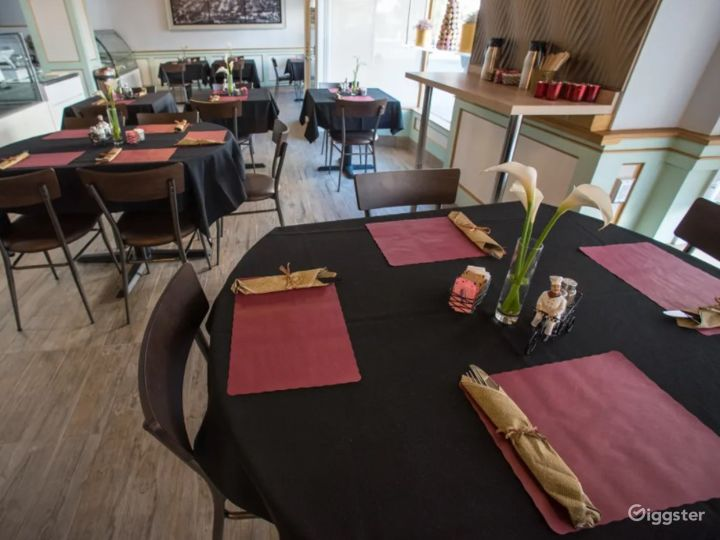 Chic & Trendy French Bistro with European Flair Photo 4