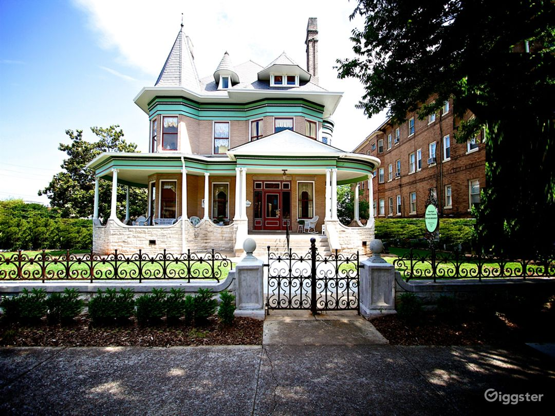 Hassinger Daniels Mansion BB Highland Ave South View