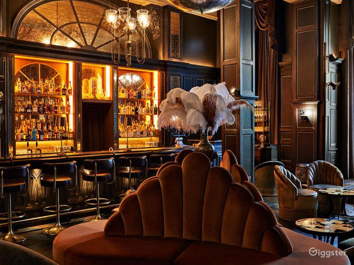 Glamorous Cocktail Bar in Bloomsbury, London  Photo 2
