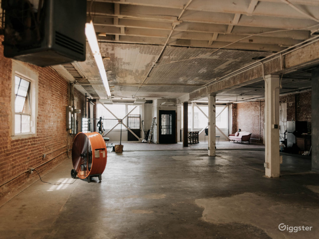 Spacious Downtown LA Industrial Warehouse w/ Patio Photo 1