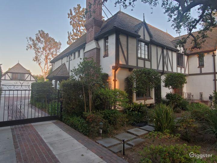 Gorgeous English Tudor House in Pasadena  Photo 4