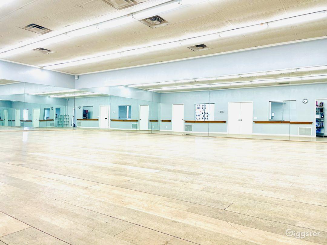 Modern Dance Studio I in San Marcos Photo 1