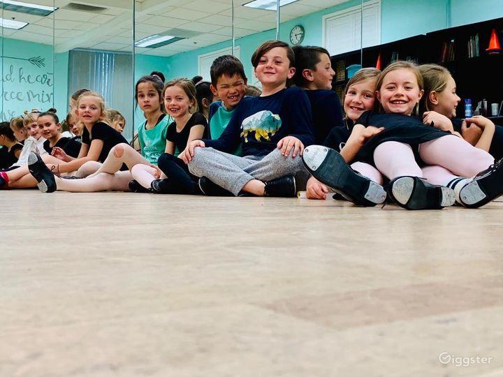 Modern Dance Studio I in San Marcos Photo 3