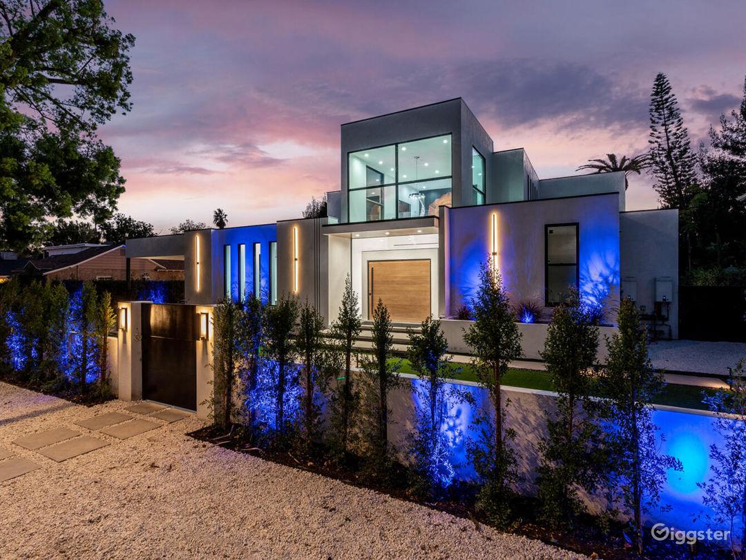 Beautiful Sherman Oaks Mansion For TV/Movies/Photo Photo 1