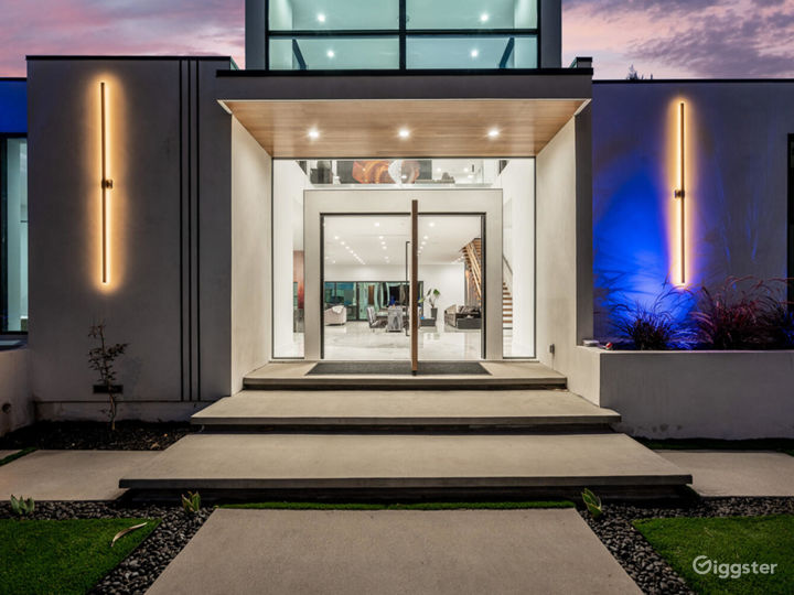 Beautiful Sherman Oaks Mansion For TV/Movies/Photo Photo 4