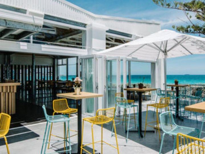 Sunny Cargo Bar Great for Summertime Venue Photo 2