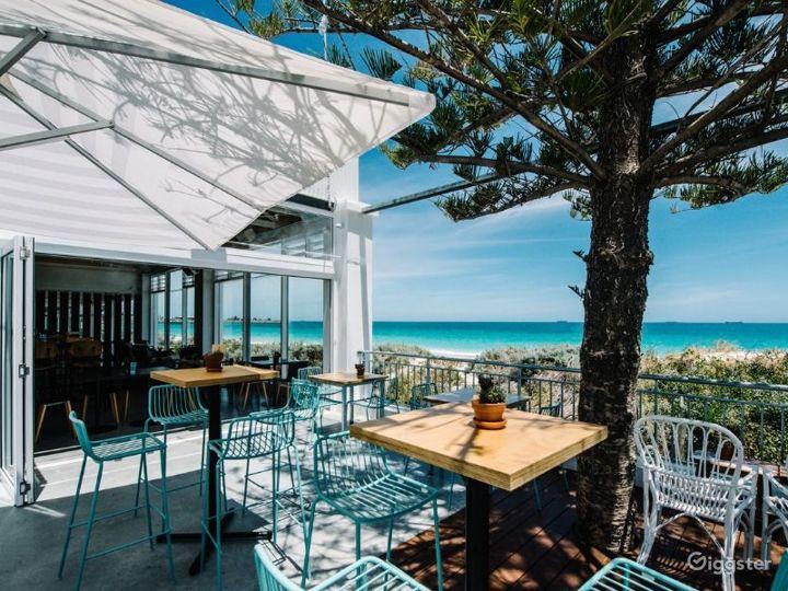 Sunny Cargo Bar Great for Summertime Venue Photo 4