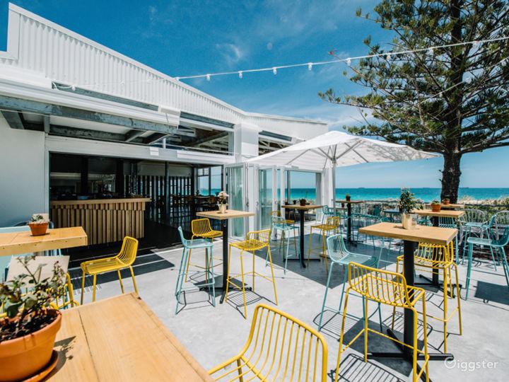 Sunny Cargo Bar Great for Summertime Venue Photo 5