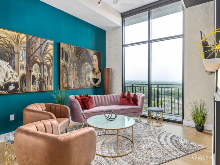 Alluringly Extravagant Buckhead Penthouse Photo 3