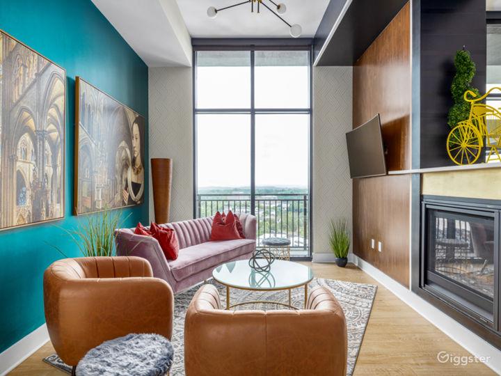 Alluringly Extravagant Buckhead Penthouse Photo 4