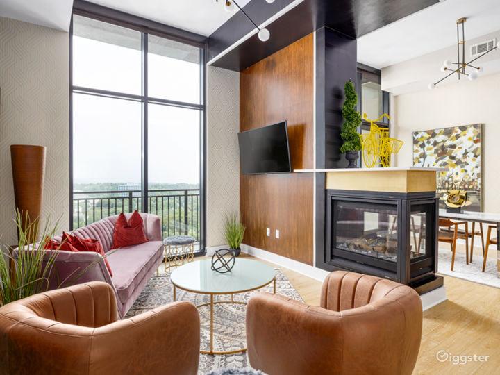 Alluringly Extravagant Buckhead Penthouse Photo 5