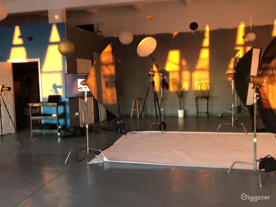 Spacious daylight, bright studio in Sunset Park Photo 2