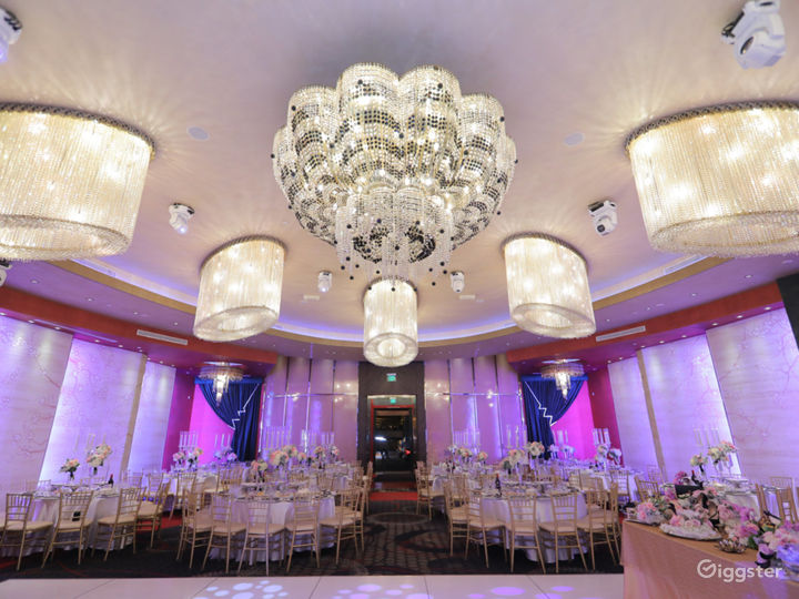 Luxurious and Spacious Banquet Hall in Glendale Photo 3