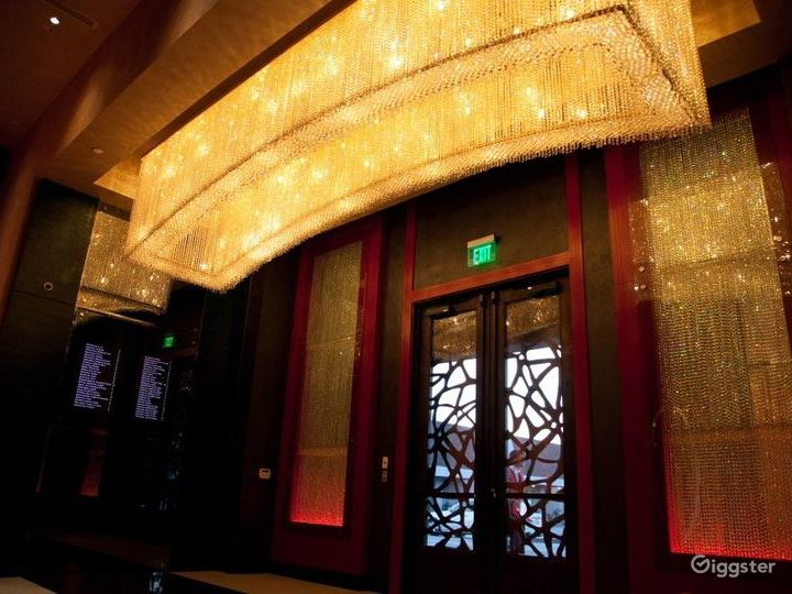 Luxurious and Spacious Banquet Hall in Glendale Photo 5