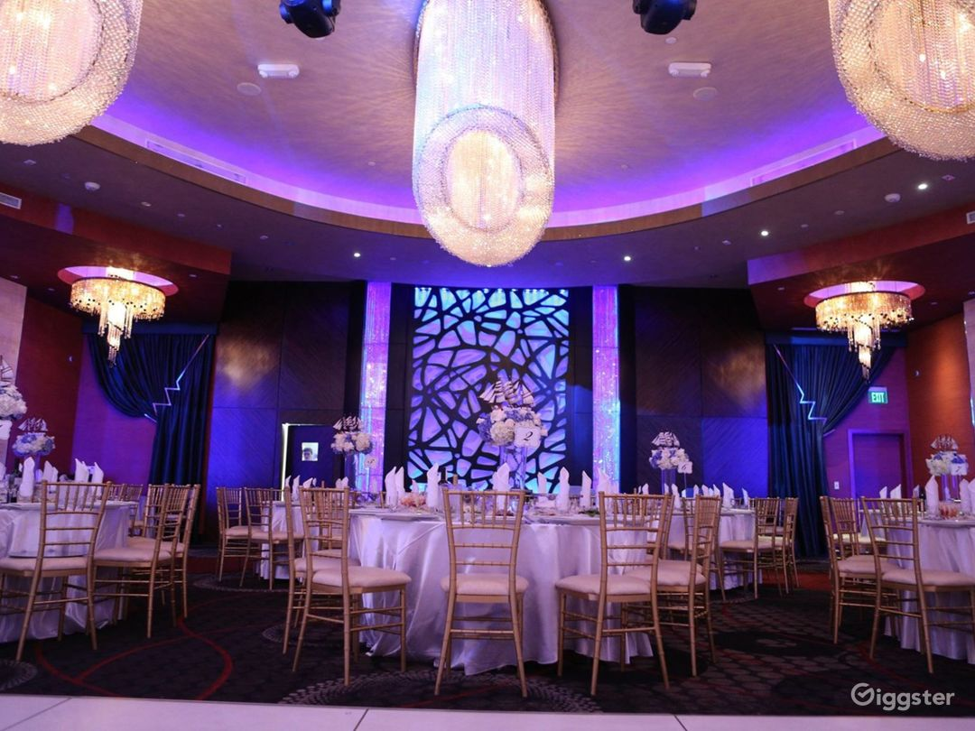 Luxurious and Spacious Banquet Hall in Glendale Photo 1