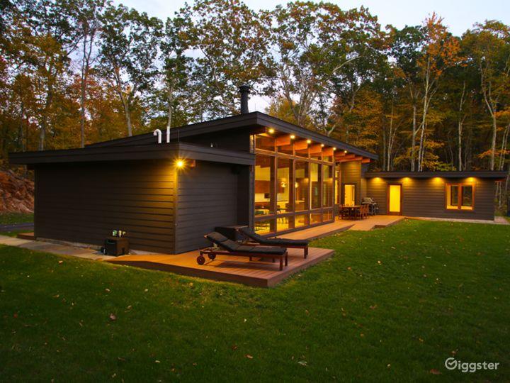 The Glass Cabin Photo 3