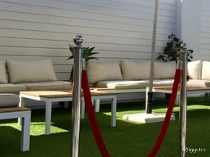East Coast Venue with Earthy and Relaxed Ambiance Photo 2