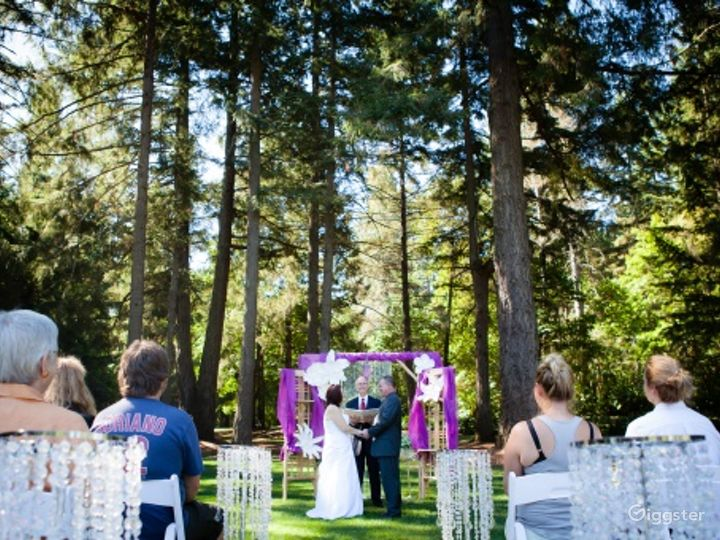 Stunning Outdoor Event Space in Mature Forest Photo 5