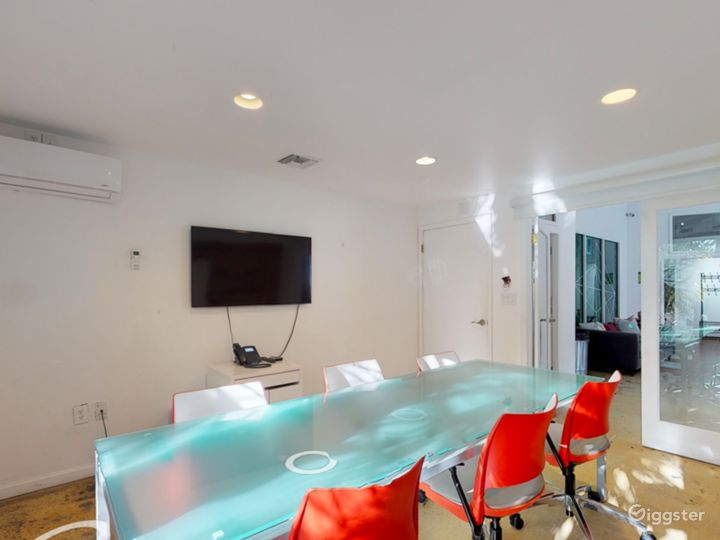 Well-kept Office in Miami Photo 5