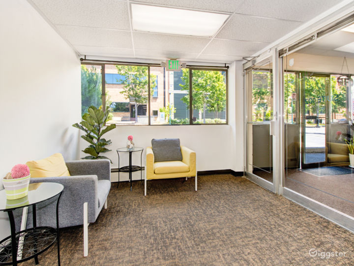 Laid Back Co-working Space in Seattle Photo 5