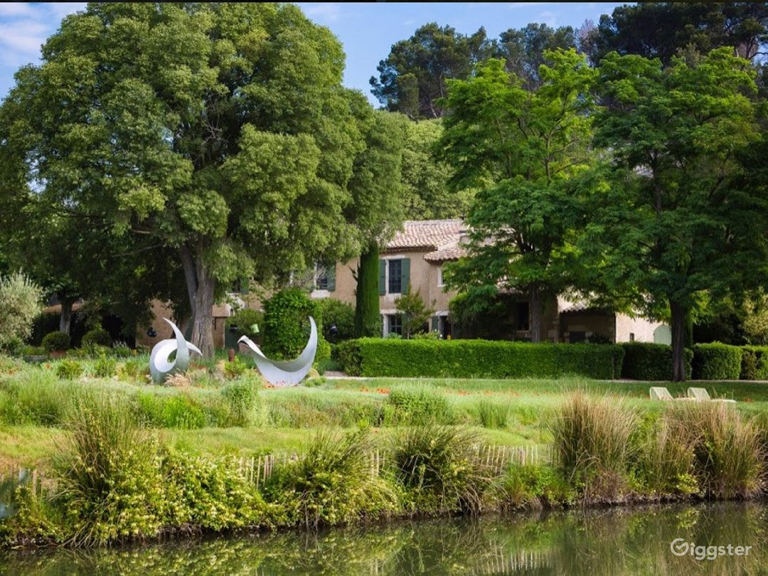 Traditional farmhouse in the heart of Provence! Photo 1