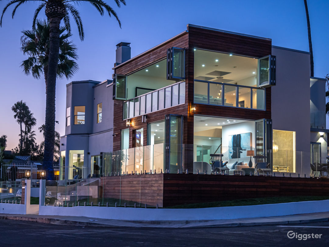 This is one of the most notable homes in Playa del Rey.