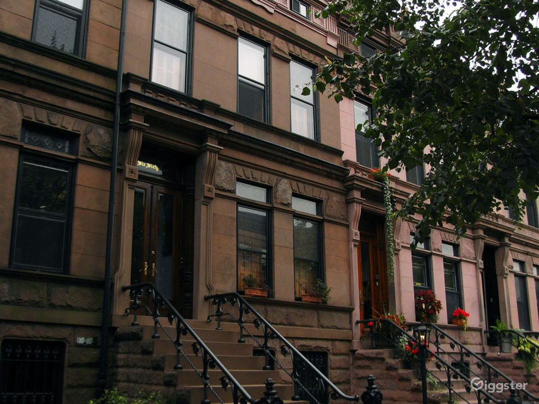 Brownstone in Historic Park Slope 1/2 block from Prospect Park