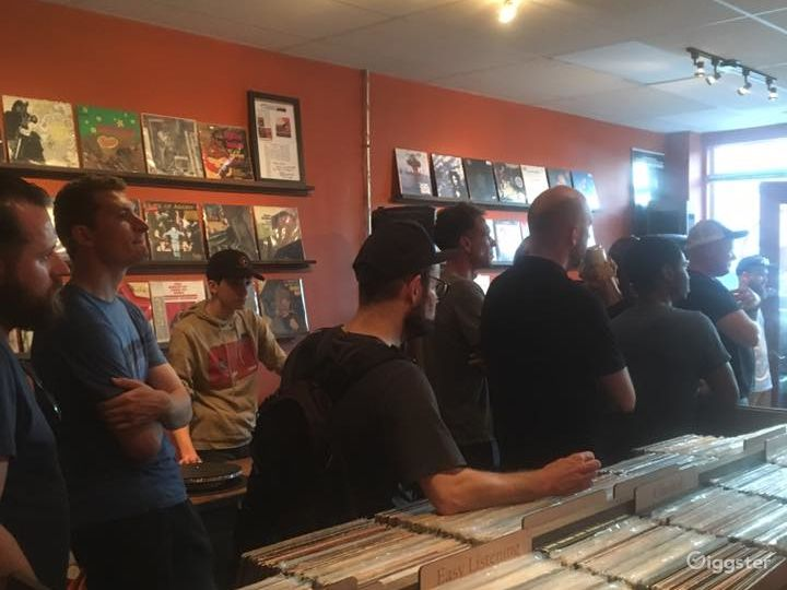 New Vinyl Record Store in Grosse Pointe Park - Indoor Space Photo 3