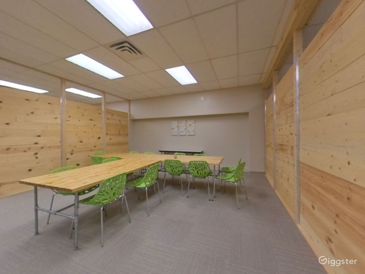 The Green Room - Open Space Photo 5