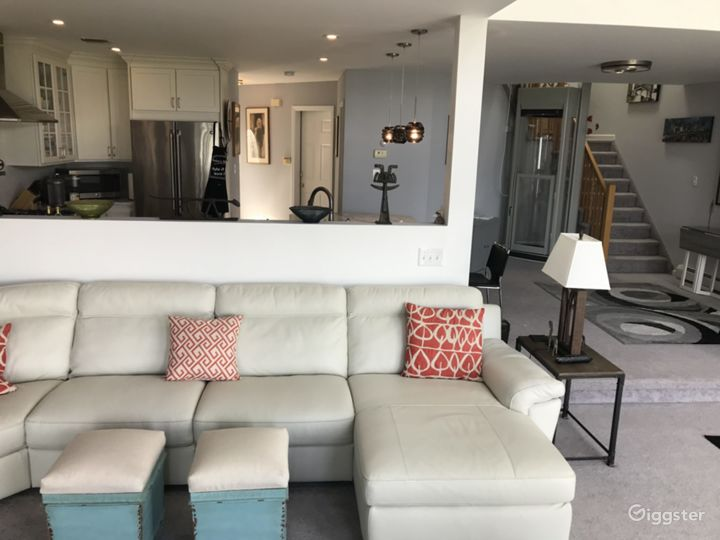 Townhouse With Unobstructed Views Photo 4