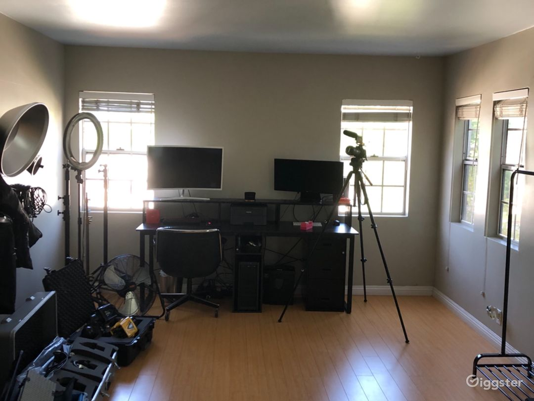 West Hollywood Home Studio Photo 4