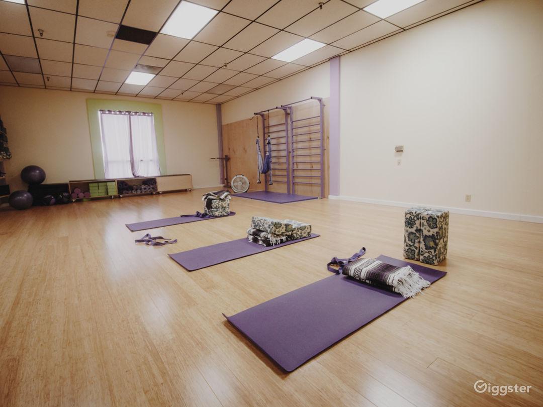 Yogi fitness studio