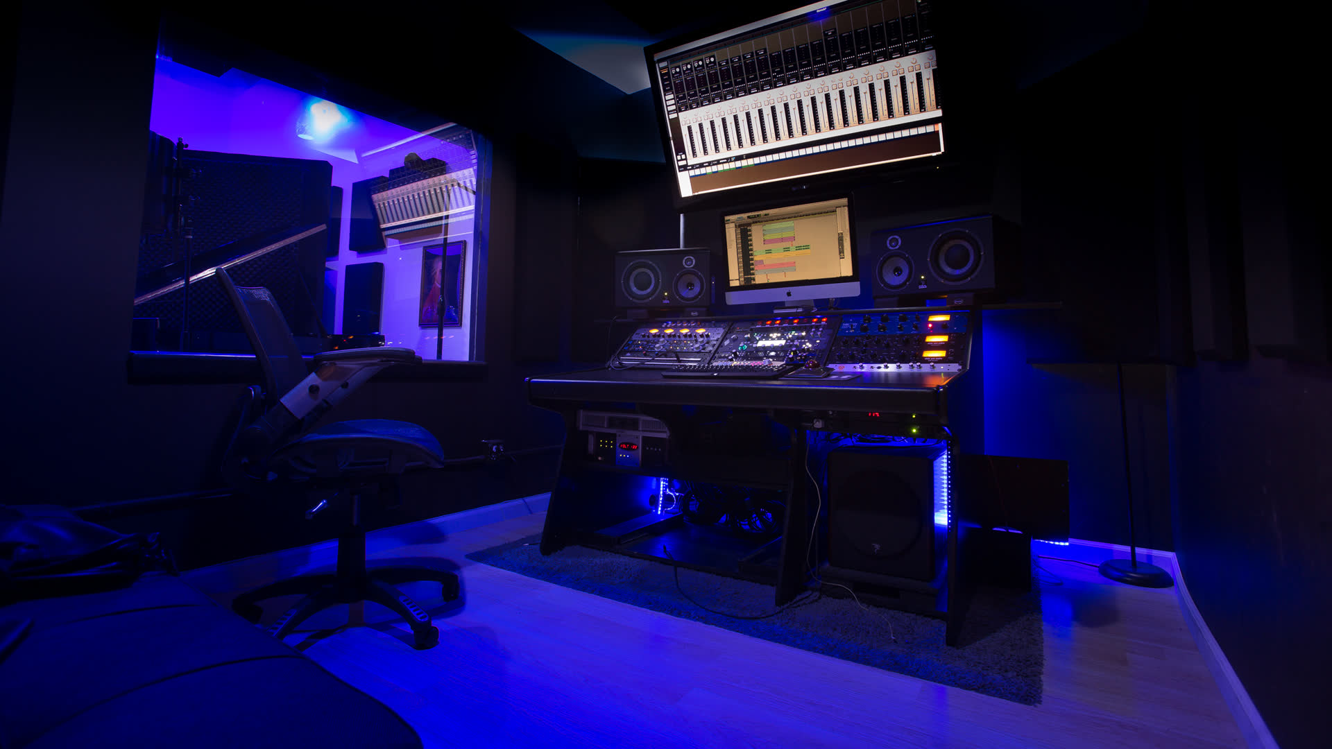 Top 10 Recording Studio Spaces In Los Angeles Ca Rent Best Places And Locations For Recording Studio Cheap Rental Reviews Good Prices Popular Venues Giggster